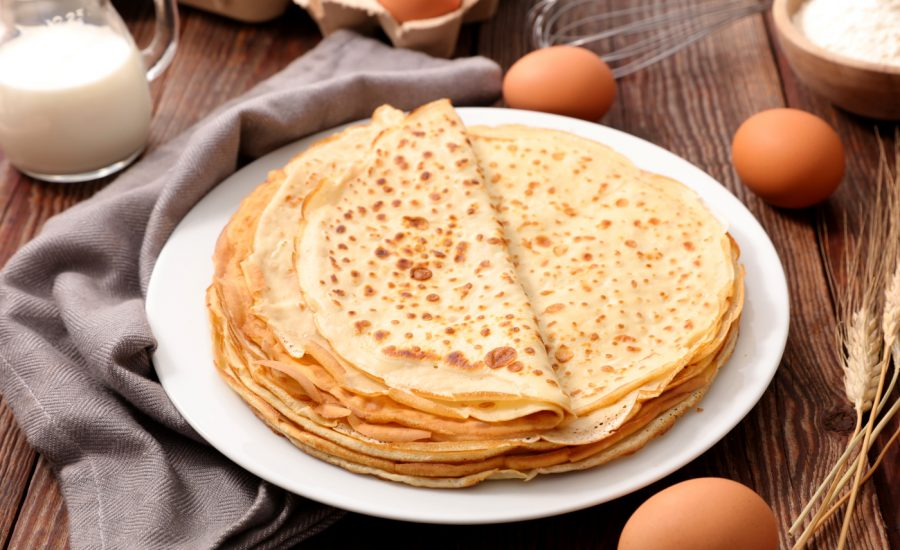 Pandekage opskrift på klassiske danske hjemmelavede pandekager
