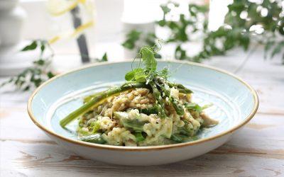 Risotto med spinat og grønne asparges